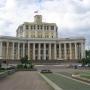 - Суворовская пл., 2 - Центральный академический театр Российской армии