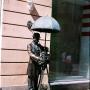 - м. Гостиный двор - Памятник петербургскому фотографу